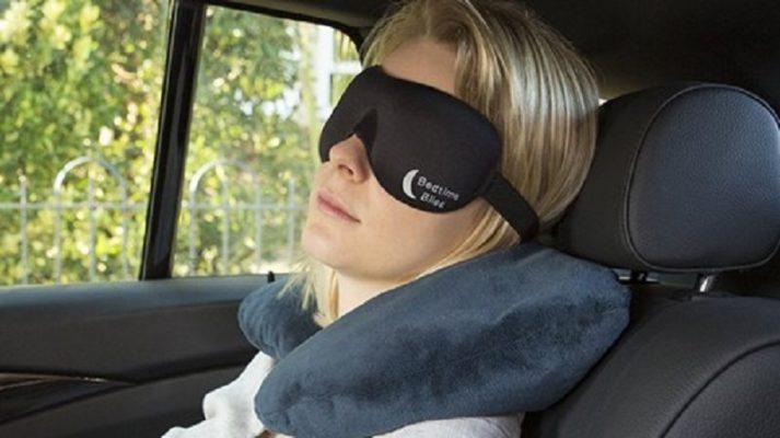 Ngủ trong xe ô tô bật điều hòa có thể gây nguy hiểm chết người